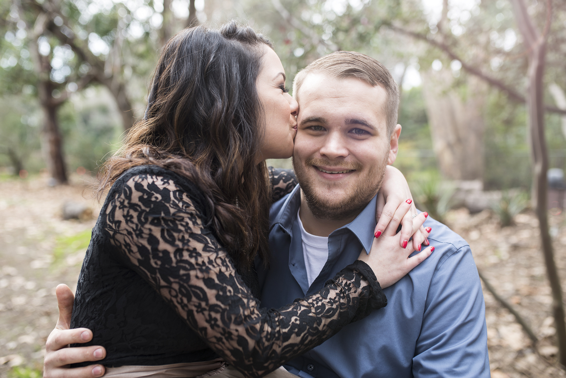 Downtown Sacramento park engagement photo